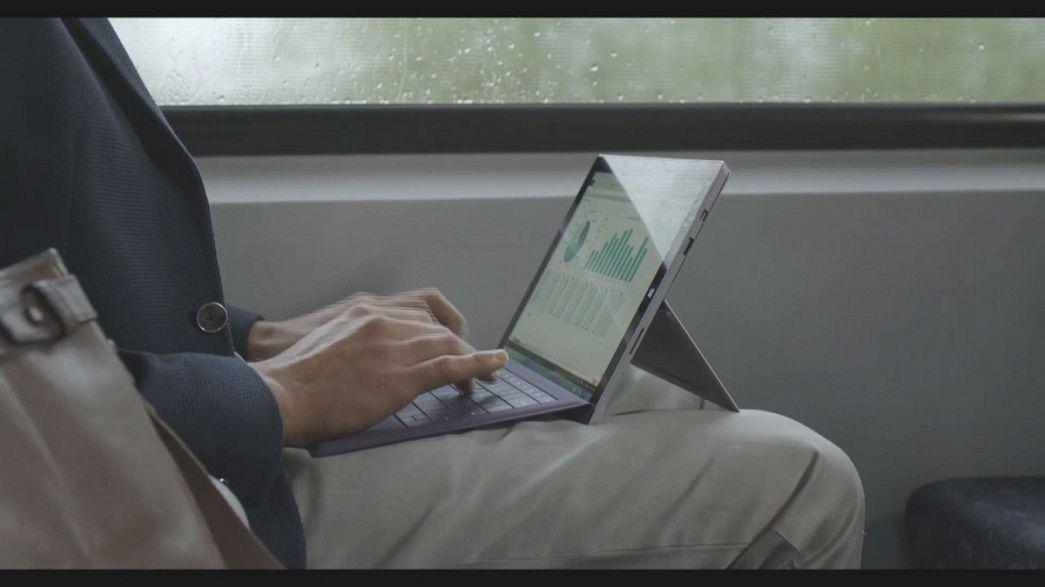 """مايكروسوفت تطلق جهاز حاسوب لوحي جديد """"سيرفس برو 3"""""""
