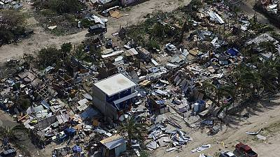 Looting in Los Cabos after hurricane Odile wreaks havoc