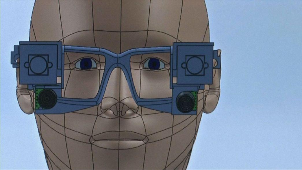 نظارات ذكية للمكفوفين