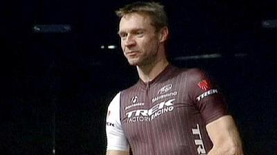 Cycling: Voigt breaks world hour record