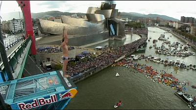 Britain's Hunt wins fourth World Cliff Diving crown
