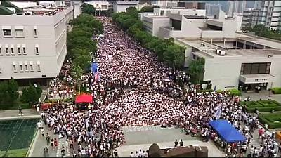 Students join Hong Kong pro-democracy protests