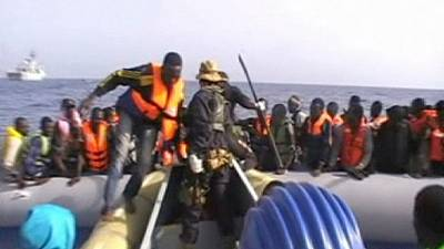 Multiple rescues of hundreds of migrants between Italy and North Africa