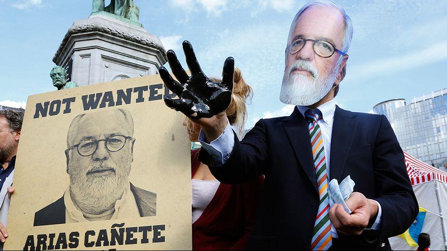 Carrera de obstáculos para Miguel Arias Cañete en Bruselas