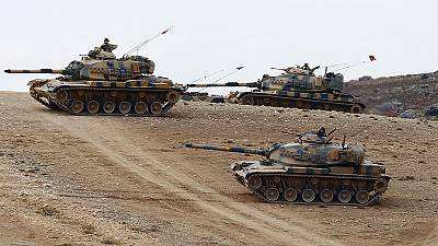 ISIL advance on Kobani unchecked by airstrikes