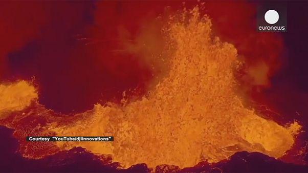 تماشا کنید: ثبت لحظه خروج گدازه های آتشفشانی توسط هواپیمای بدون سرنشین