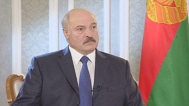Alexander Lukaşenko Ukrayna'ya askeri müdahaleye hazır