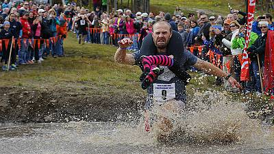 North American Wife Carrying Championship – nocomment