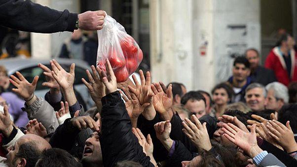 ΕΛΣΤΑΤ: Το 40% των Ελλήνων στερείται βασικών αγαθών