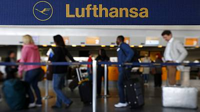 Lufthansa strike causes travel misery during school holidays