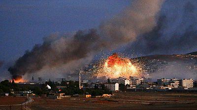 Fighting breaks out again in Kobani as Kurdish defenders wait for reinforcements