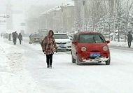 Heavy autumn snow blankets Mohe City, China