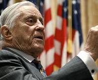 Morto Ben Bradlee, direttore del Washington Post ai tempi del Watergate