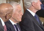 Obama pays tribute to 'Watergate' editor Ben Bradlee