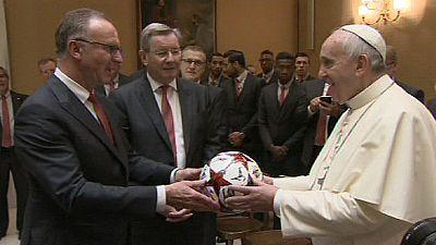Bayern München zu Besuch beim Papst