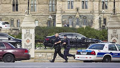 Ottawa attack: Witnesses greeted gunshots with disbelief
