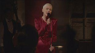 Annie Lennox releases nostalgic new album