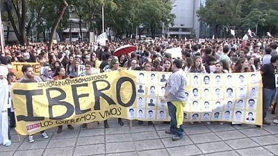 43 étudiants mexicains disparus: mandat d'arrêt contre le maire d'Iguala