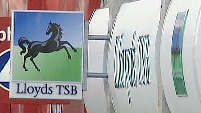 Lloyds to replace people with technology – report