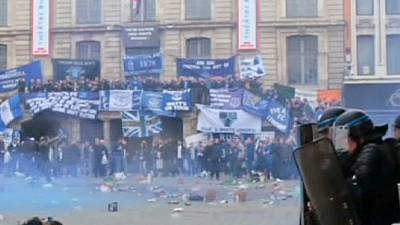 French police use tear gas to disperse Everton fans in Lille – nocomment