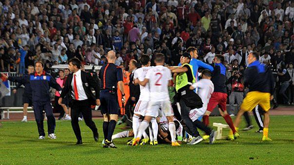 Zurück zum alten Punktestand - UEFA bestraft Serbien und Albanien