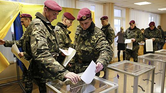 Ukraine general election: polls open