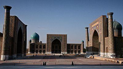 Hands on Samarkand