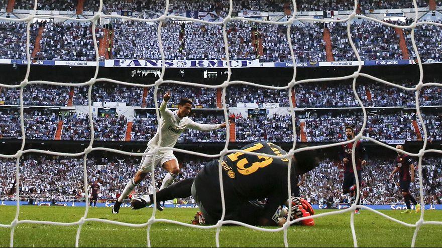 """""""Корнер"""": """"Реал"""" выигрывает первое Эль Классико в сезоне, счастливое спасение """"МанЮ"""" на """"Олд Траффорд"""""""