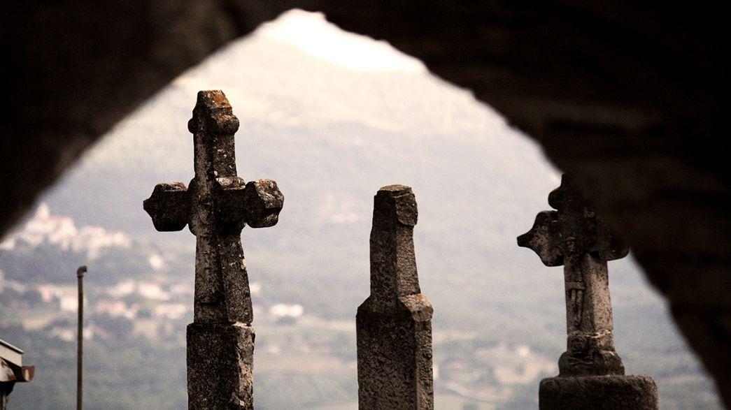 Italy: Paedophile priest hangs himself in church vestry