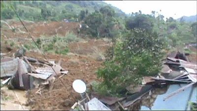 At least 14 dead in Sri Lanka landslide