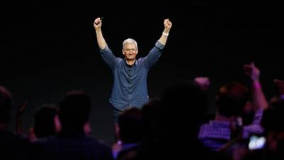 """Apple CEO Tim Cook: """"I'm proud to be gay"""""""