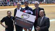 Brändle smashes cycling's Hour Record