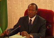 Burkina Faso: Blaise Compaore defies calls to quit