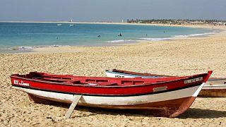 Cabo Verde na crista da onda