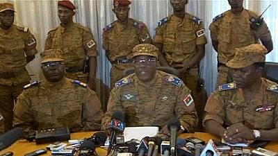 Burkina Faso: military power push after president resigns