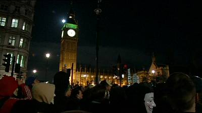 Arrests during Anonymous' #MillionMaskMarch march in London