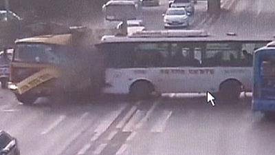 Terrifying accident on China highway – nocomment