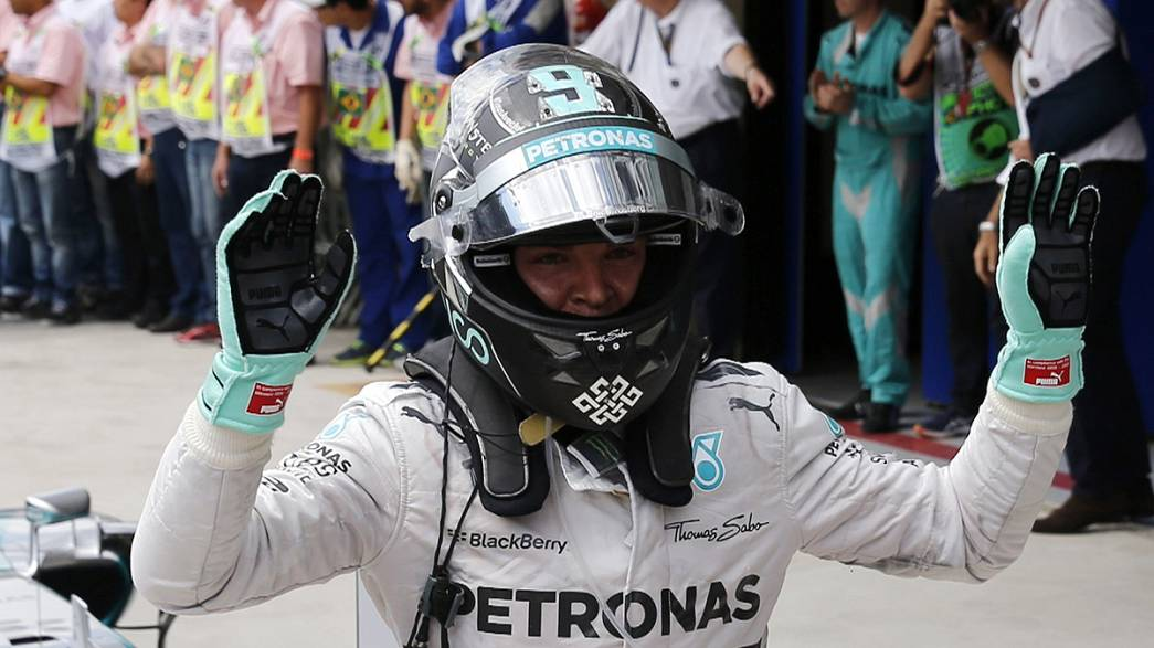 Rosberg keeps alive his title hopes as Marquez ends season with Brazilian victory