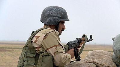 Na frente de combate entre curdos e radicais islâmicos