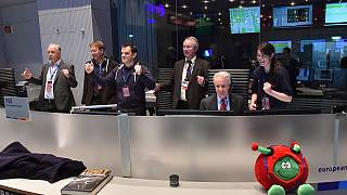 Rosetta's Philae lands on comet 67P and enters the history books