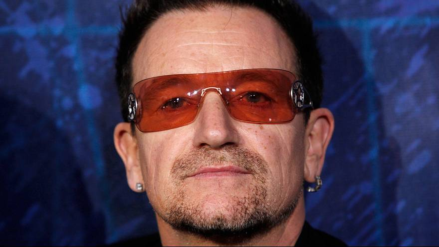 Plane carrying U2's Bono lost hatch while approaching Berlin