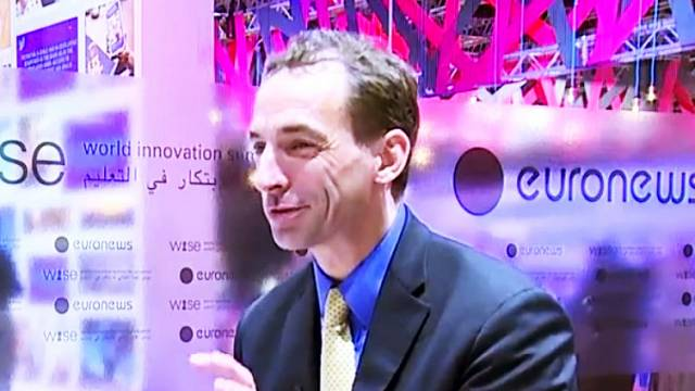 Author Paul Tough challenges common intelligence beliefs live from WISE 2014