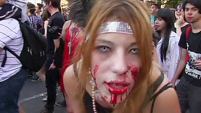 Thousands of zombies take to the streets of Buenos Aires – nocomment