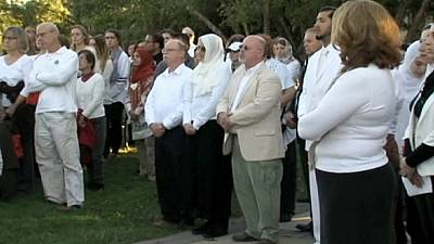 Vigil held for Peter Kassig, aid worker beheaded in Syria