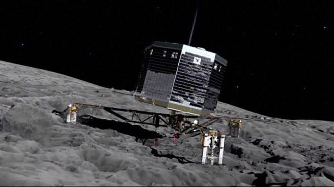 """المسبار الفضائي الأوروبي """"فيلي"""" تمكن من امتصاص جزئيات عضوية من سطح مذنب تشوري"""