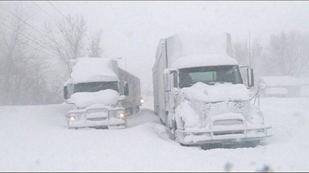Heftiger Wintereinbruch in den Vereinigten Staaten