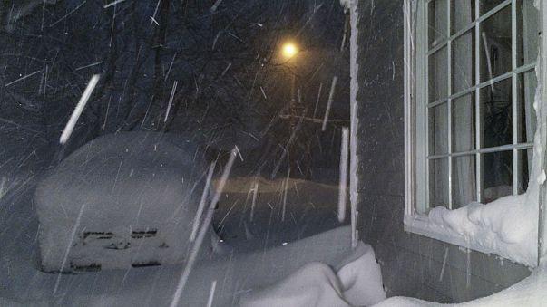 اعلان الطوارئ غرب ولابة نيويورك جراء الثلوج