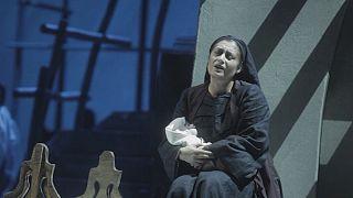 """""""A assassina"""": um clássico grego transposto para o universo operático"""