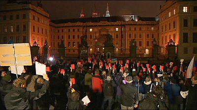 Repubblica Ceca. Proteste contro Presidente Zeman