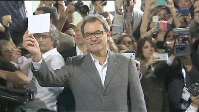 Katalan lider Artur Mas'a referandum davası